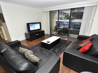 PYR 92 MIL - Pyrmont - Miller Street - Sydney vacation rentals