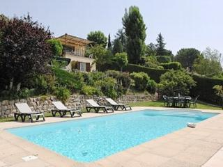 Sea View of Cote D'Azur, Superb Pet-Friendly Villa with Private Pool - Saint-Jeannet vacation rentals