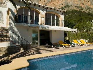 Montgo Ermita Jávea, aircon, a/c, wifi, sleeps 10 - Pego vacation rentals
