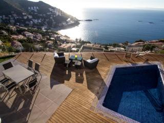 Joan Margarit 84 B - Llanca vacation rentals