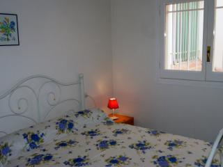 Gravina 29 - Roses vacation rentals