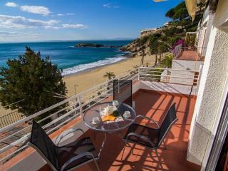 Verones 1B - Costa Brava vacation rentals