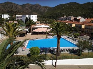 Rescator Resort 223 - Roses vacation rentals
