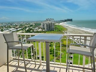 20th floor beachfront condo w/ spectacular Crescent Beach view & heated pool - Marco Island vacation rentals