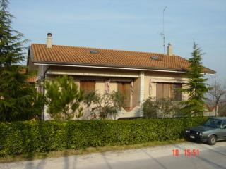 Lovely Holiday House 10 km from Riccione, Rimini - Riccione vacation rentals