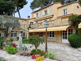 Luxury Villa in Antibes 5BR French Riviera - Montchavin vacation rentals