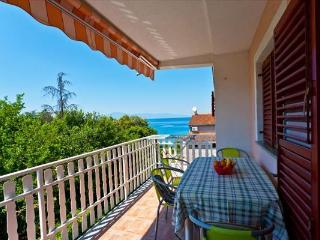 Kati Apartment 2 for 4 with a terrace and Wi-Fi - Vantacici vacation rentals