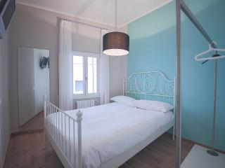 Quaint Tuscan Studio Apartment in Florence - Florence vacation rentals