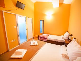 Private Accomodation Ivanović - Triple Room 15 - Budva vacation rentals