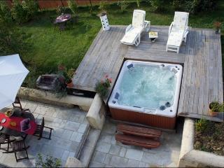House naturelle  in charente maritime with hot tub - Jonzac vacation rentals
