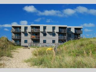 Oceanfront 2 Bedroom Condo in Admirals View III - Kill Devil Hills vacation rentals