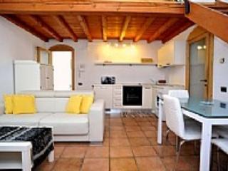 Appartamento Prassede - Brunate vacation rentals