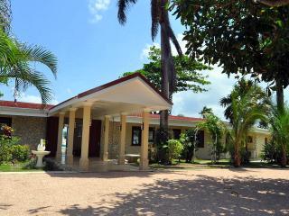 Seven Seas - Jamaica vacation rentals