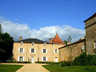 Chateau Granges Dans - France vacation rentals