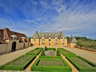 Chateau Fleur - La Douze vacation rentals