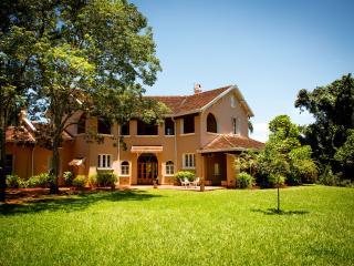 Casa Bemberg - Litoral vacation rentals