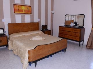 Casa vacanza U Panareddu Santuario - Syracuse vacation rentals