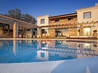 Villa Viros - Perama vacation rentals