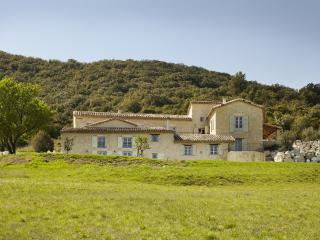 La Vieille Magnanerie - Le Teil vacation rentals