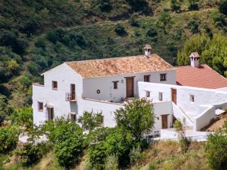 Cortijo Sancho - El Borge vacation rentals