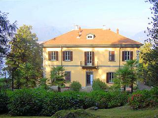 Villa Castel - Pettenasco vacation rentals