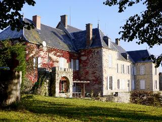 Chateau De Mouney - Auzances vacation rentals