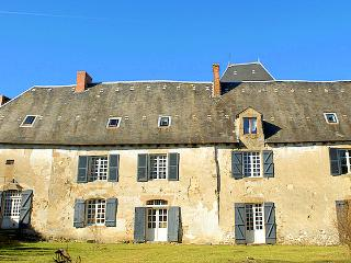 Chateau De Montare - France vacation rentals