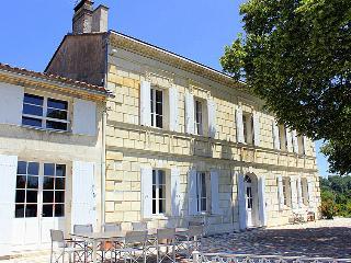 Chateau La Roque - Lugon-Et-L'Ile-Du-Carnay vacation rentals