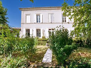 Clos De Chinon - Gensac vacation rentals