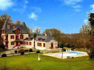 Chateau Stephanie - Gelos vacation rentals