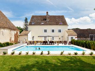 Maison Sanieres - Navilly vacation rentals
