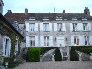 Chateau Du Clos - Auteuil vacation rentals