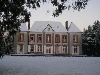 Le Castelet - Percy vacation rentals