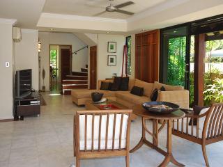 Solander Sunrise B - Port Douglas vacation rentals