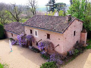 Maison Cougoreux - Lempaut vacation rentals