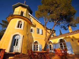 Chateau De Chiffre - Lamalou-les-Bains vacation rentals