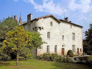 Prieure St Therese - Pressigny vacation rentals