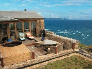 Cornish Beach House - Dobwalls vacation rentals