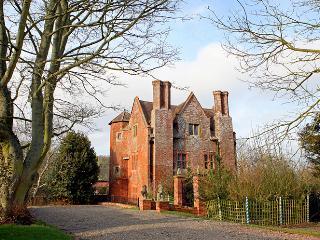 Upton Gatehouse - Upton Cressett vacation rentals