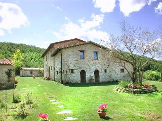 Villa Arcella - Solfagnano vacation rentals