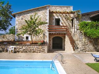 Villa Ginester - Quadro vacation rentals