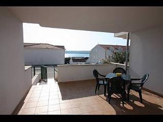 4421 B2(2+2) - Milna (Brac) - Milna (Brac) vacation rentals