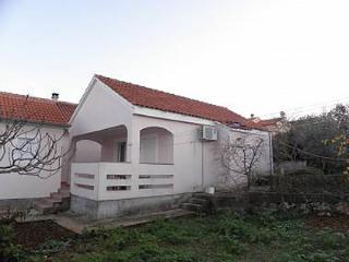 4993 A2(3) - Lukoran - Ugljan vacation rentals