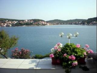 5041 SA2(2) - Tisno - Tisno vacation rentals