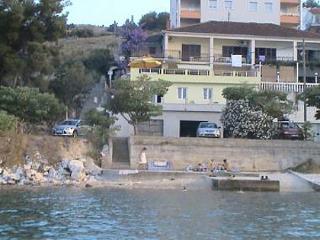 01407TROG  A4(6+1) - Mastrinka - Ciovo vacation rentals