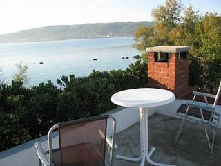5143  H(4+1) - Kastel Stafilic - Kastel Stafilic vacation rentals
