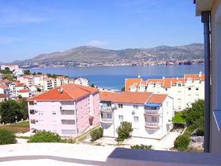 5529  A1(4) - Okrug Gornji - Okrug Gornji vacation rentals