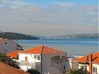 01112OKRG A2(4) - Okrug Gornji - Okrug Gornji vacation rentals