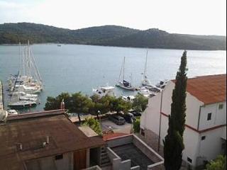 5652  A1(4+1) - Tisno - Tisno vacation rentals