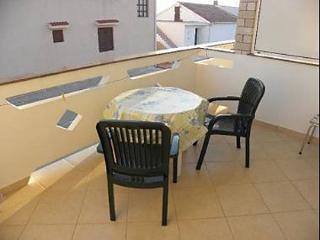 5786 SA4(3) - Zubovici - Zubovici vacation rentals